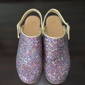 GAP girl sparkly clogs size 2